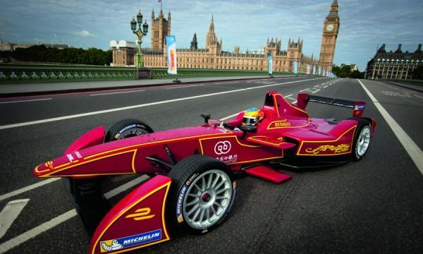 Team China Racing, Formula E car on Westminster Bridge