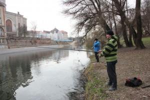 Unidțarii de pe Criș așteaptă încă să simtă îmbunătățirea calității vieții în Oradea   Foto: Vakarcs Lorand