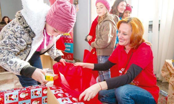 Angela Galeţa la serbarea de Moş Crăciun de la Piteşti, 2016