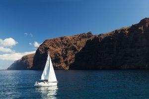 Los Gigantes, o zonă de croaziere scurte și de observat delfini   Foto: Webtenerife.com