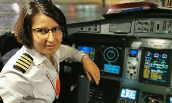Diana Isaila pilot Tarom