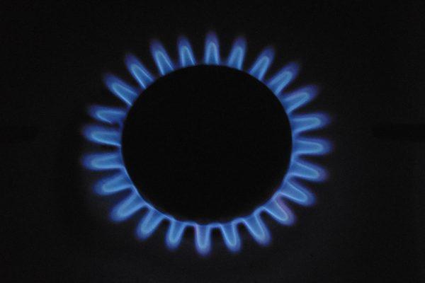 Liberalizarea prețului la gaze, o temă băgată sub preș.  De ce la noi nu e ca în UE?