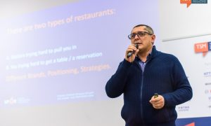 Doru Șupeală este consultant de marketing și business, Managing Partner al SPOR – Școala Pentru Oameni Responsabili și Head of Marketing al companiei IT AirportLabs | Foto: Arhiva personală