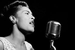 Billie Holiday, povestea unei legende jazz: O viață toxică și fulminantă și cântecul care a cutremurat o lume întreagă