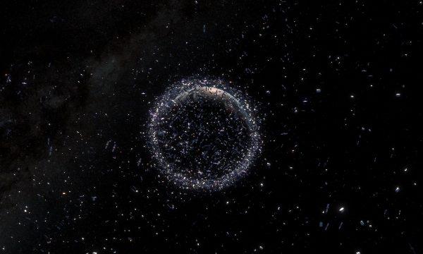 Space_Debris_pillars